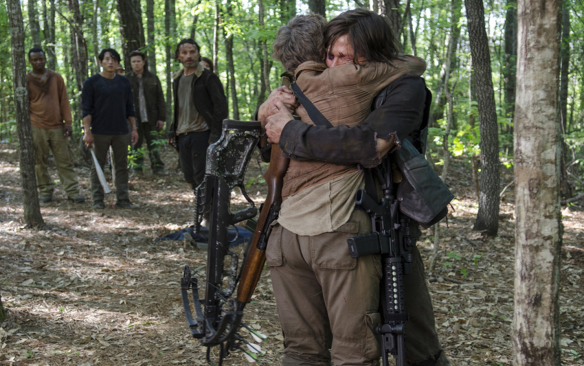 carol-and-daryl-the-walking-dead-no-sanctuary